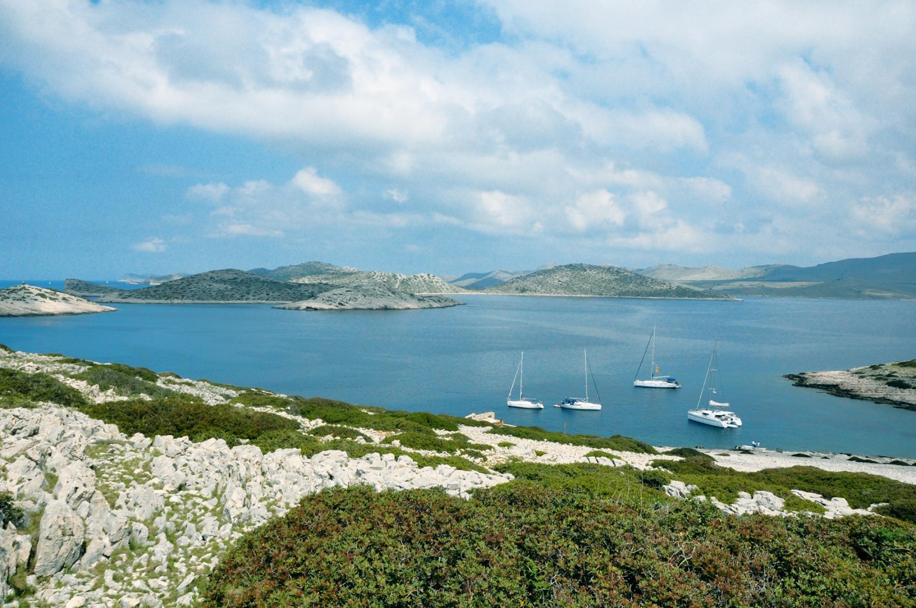 4-północna-Dalmacja-3Ruiny-na-wyspie-Man